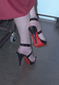 Do you see the piersing, maybe I will pierce you with this High Heel..jpg